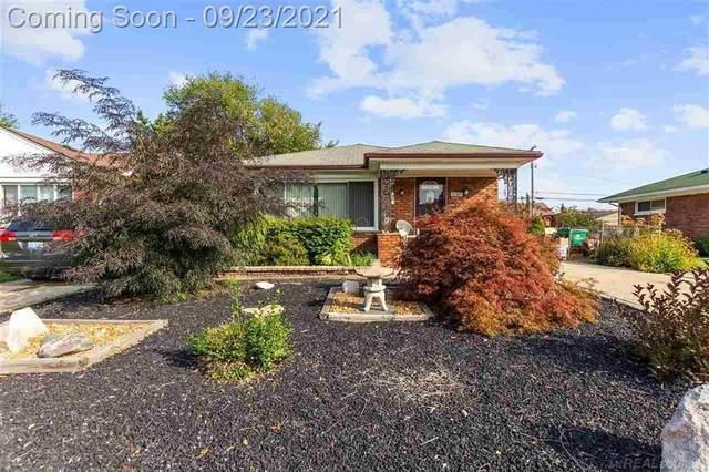 16829 E 8 Mile Rd, Eastpointe, MI 48021 (#58050055714) :: GK Real Estate Team