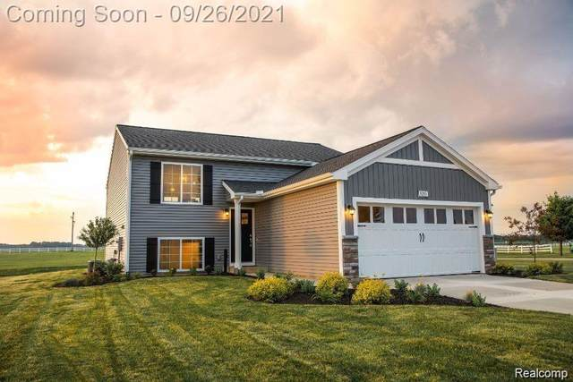 16565 Charles Town Drive, Fenton Twp, MI 48451 (#2210079467) :: Real Estate For A CAUSE