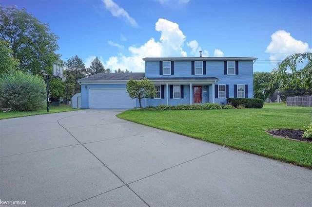 1201 Meadowood, Waterford, MI 48327 (#58050055733) :: Real Estate For A CAUSE