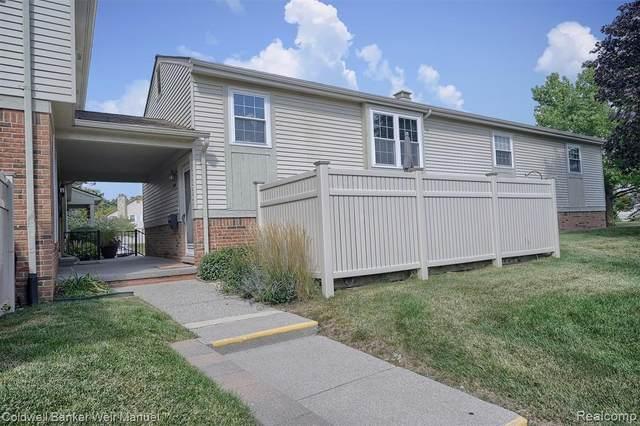 21208 W Glen Haven Circle, Novi, MI 48167 (#2210079598) :: Duneske Real Estate Advisors