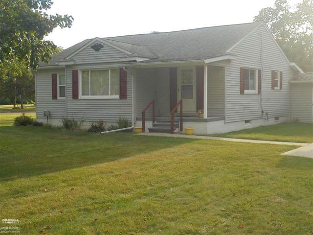 4740 Howland Rd, Almont Twp, MI 48003 (#58050055783) :: GK Real Estate Team