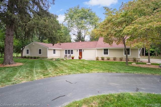 47046 Curtis Road, Northville, MI 48168 (#2210079697) :: Duneske Real Estate Advisors