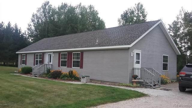 3500 E 56TH Street, Yates Twp, MI 49642 (#2210079733) :: Duneske Real Estate Advisors