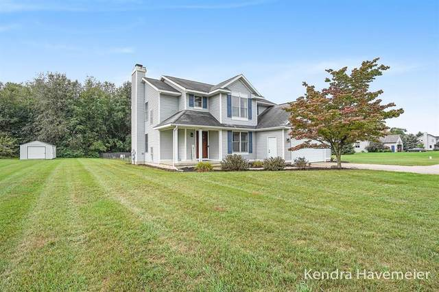 6492 Foxtail Meadows Drive NE, Courtland Twp, MI 49341 (#65021107122) :: The Mulvihill Group
