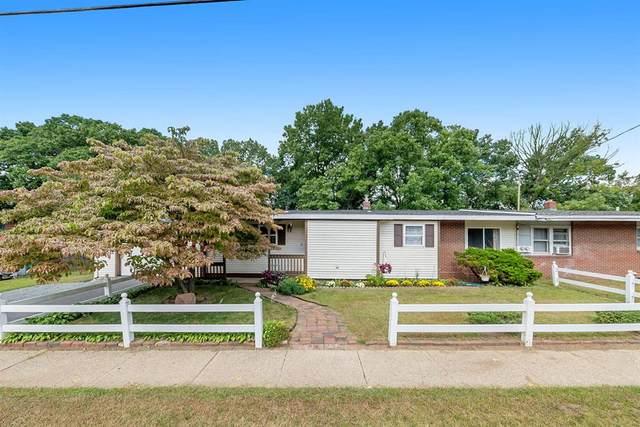 9 Tony Tiger Trail, Springfield, MI 49037 (#64021107302) :: Duneske Real Estate Advisors