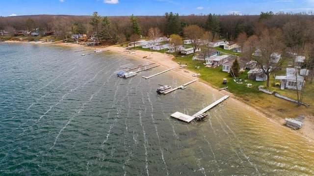 8230 W Pine Grove Beach Drive, Lake Twp, MI 49304 (#67021107407) :: Duneske Real Estate Advisors