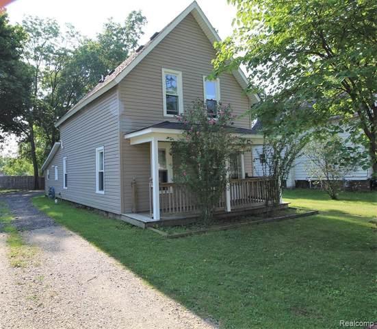6873 Saint Marys Street, Brown City, MI 48416 (#2210080275) :: Duneske Real Estate Advisors