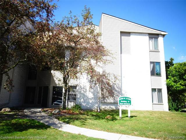 32005 W 12 Mile Road, Unit 101, Farmington Hills, MI 48334 (#2210080297) :: Duneske Real Estate Advisors