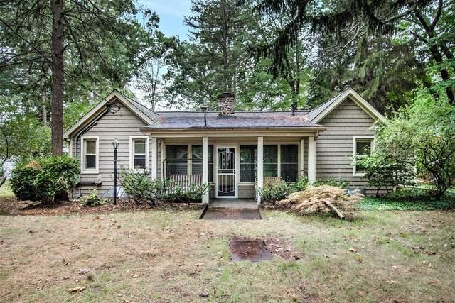 980 Lakewood, Lee Twp, MI 49450 (#66021107478) :: Duneske Real Estate Advisors