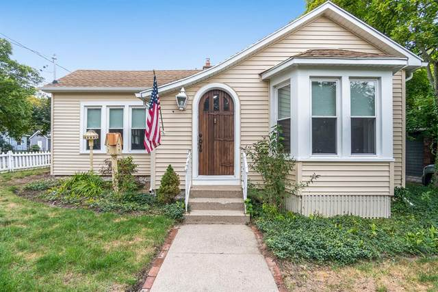 117 S Lake Avenue, Spring Lake Vlg, MI 49456 (#71021107483) :: Duneske Real Estate Advisors