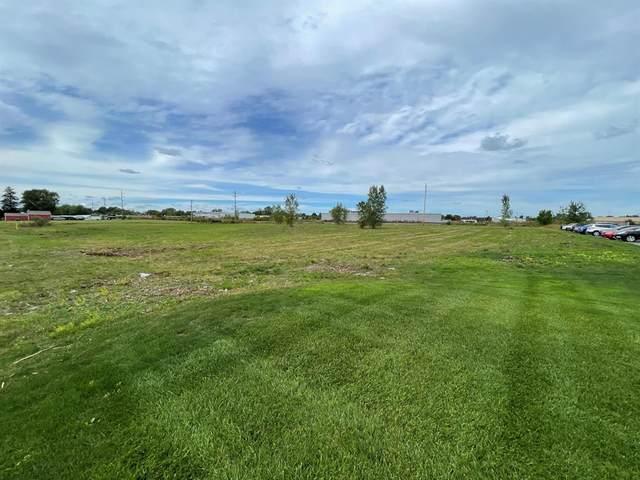 Lakewood Boulevard, Holland Twp, MI 49424 (#71021107484) :: Duneske Real Estate Advisors