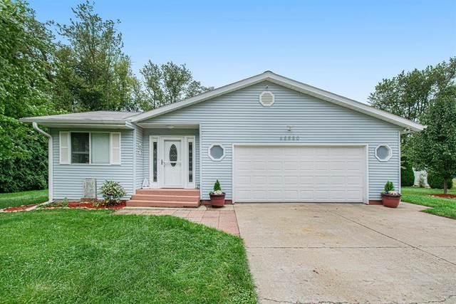 68880 Circle Drive, Edwardsburg Vlg, MI 49112 (#69021107502) :: Duneske Real Estate Advisors