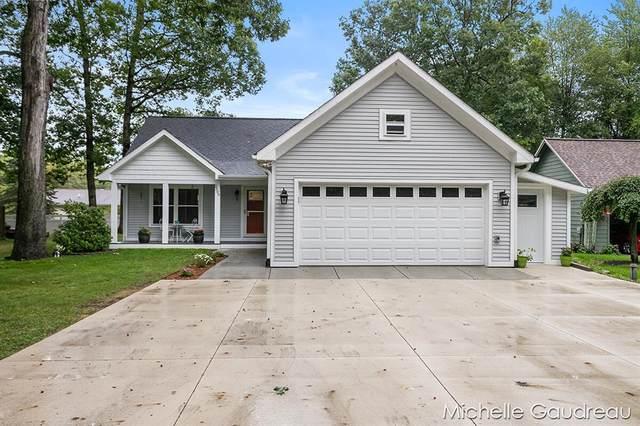2599 Abbey Road, Yankee Springs Twp, MI 49348 (#65021107513) :: Duneske Real Estate Advisors