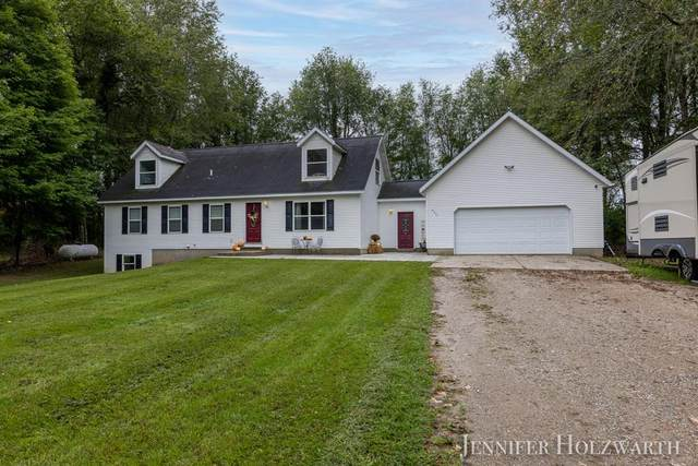 6231 Tanglewood Drive, Boston Twp, MI 49331 (#65021107512) :: Real Estate For A CAUSE