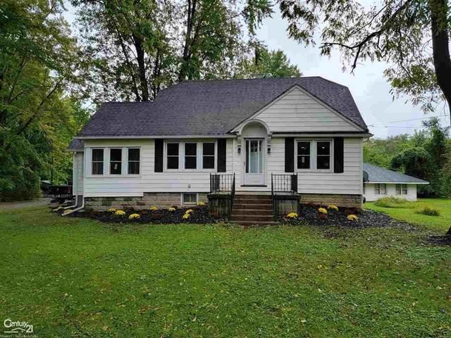 49380 Jefferson, Chesterfield Twp, MI 48047 (#58050056015) :: Duneske Real Estate Advisors