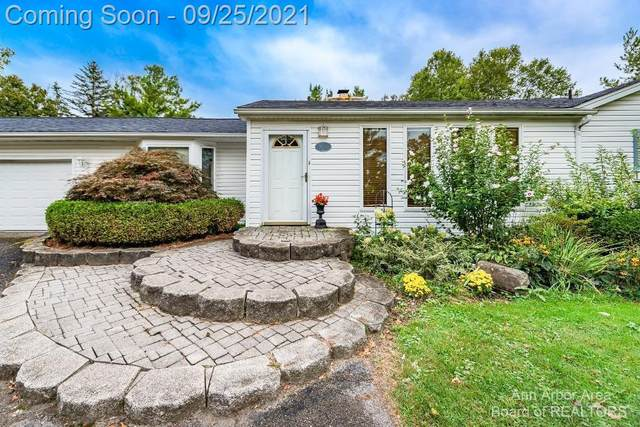 49555 Geddes Road, Canton Twp, MI 48188 (#543284015) :: The Mulvihill Group