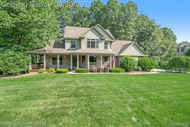4657 Lakeshire Dr, Marion Twp, MI 48843 (#2210080783) :: The Mulvihill Group