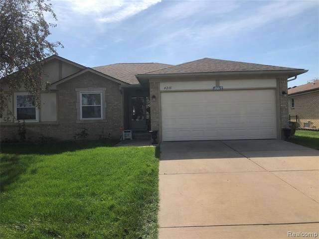 4218 Chris Drive, Sterling Heights, MI 48310 (#2210080996) :: Robert E Smith Realty