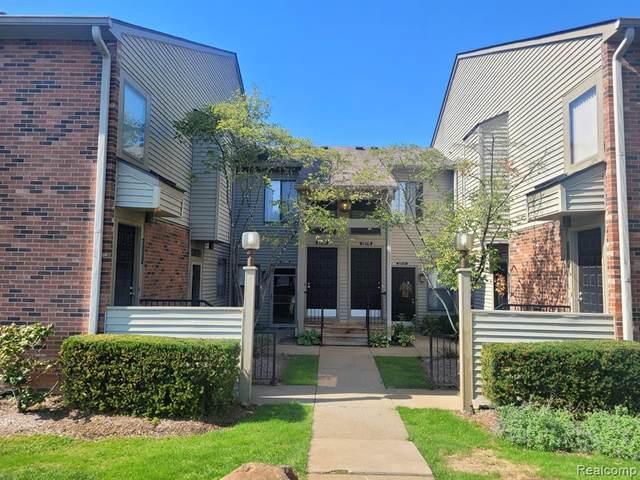 22085 Indian Creek Drive, Farmington Hills, MI 48335 (#2210081289) :: Real Estate For A CAUSE