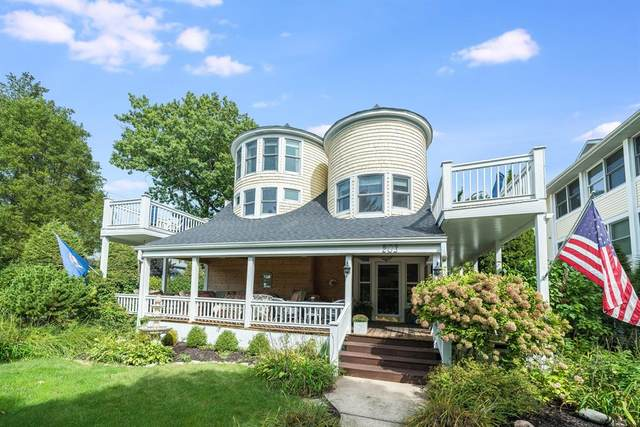 203 Dyckman Avenue, South Haven, MI 49090 (#69021108127) :: Robert E Smith Realty