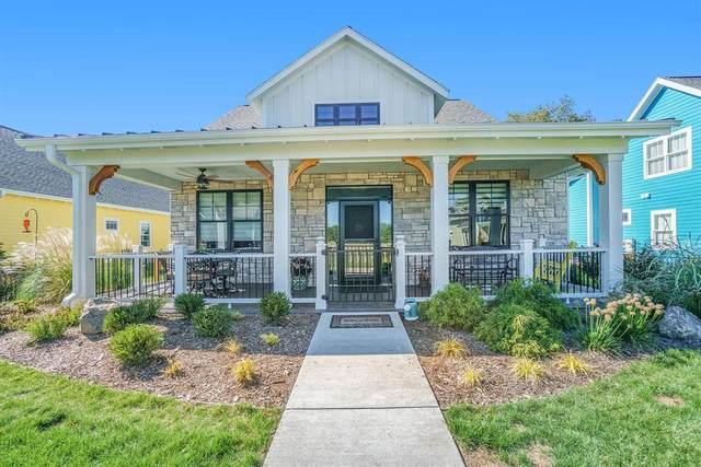 8208 Shooting Star Lane, Texas Twp, MI 49009 (#66021108280) :: Real Estate For A CAUSE