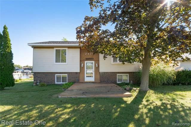 2470 Orchard Lane, White Lake Twp, MI 48386 (#2210082140) :: National Realty Centers, Inc