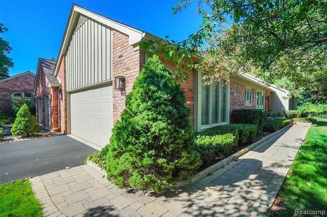 24044 Bingham Pointe Drive, Bingham Farms Vlg, MI 48025 (#2210082400) :: Real Estate For A CAUSE