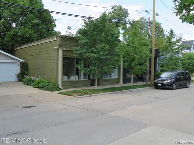 259 E Frank Street, Birmingham, MI 48009 (#2210082875) :: BestMichiganHouses.com
