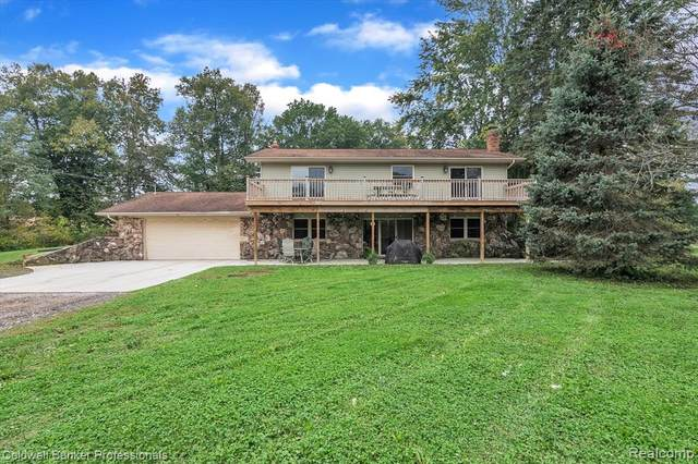 5183 Byron Road, Howell Twp, MI 48855 (#2210083198) :: National Realty Centers, Inc