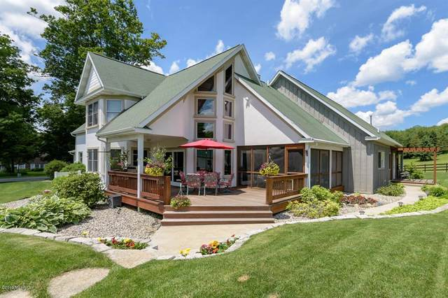 4012 N 33rd Street, Comstock Twp, MI 49053 (#66021109014) :: National Realty Centers, Inc