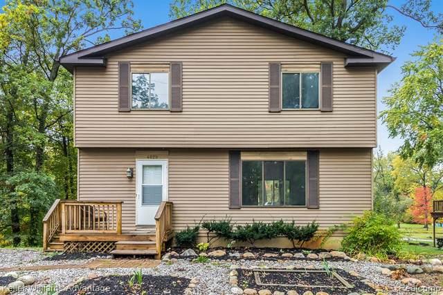 4029 Watuga Street, Commerce Twp, MI 48390 (#2210083381) :: Duneske Real Estate Advisors