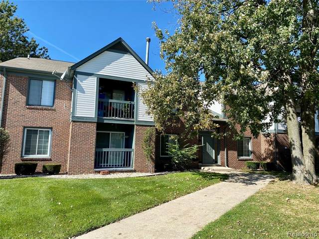 15422 Ashley Court, Macomb Twp, MI 48044 (#2210083935) :: Real Estate For A CAUSE