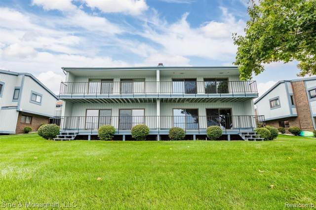1715 River Rd 55-56, ST. CLAIR TWP, MI 48079 (#2210084000) :: National Realty Centers, Inc