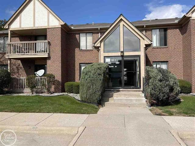 15803 Balfour, Macomb Twp, MI 48044 (#58050057070) :: Real Estate For A CAUSE