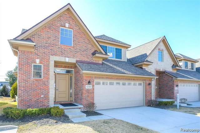 42468 Gateway Drive #49, Plymouth Twp, MI 48170 (#2210084723) :: Real Estate For A CAUSE