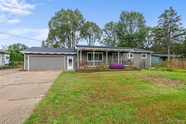 3090 Mann Road, Independence Twp, MI 48346 (#2210084922) :: National Realty Centers, Inc
