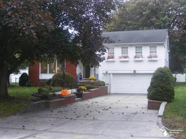 5881 Parkside, Monroe Twp, MI 48161 (#57050057353) :: GK Real Estate Team