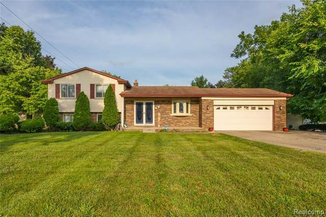 19120 Hillcrest Street, Livonia, MI 48152 (#2210085969) :: National Realty Centers, Inc