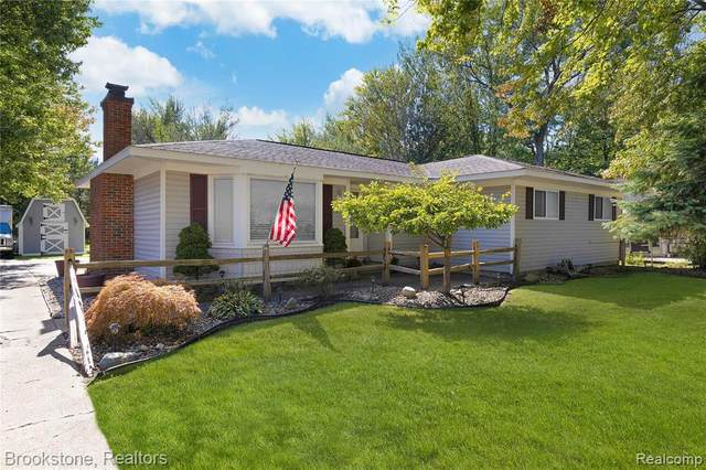 25954 22 Mile Road, Chesterfield Twp, MI 48051 (#2210086243) :: Robert E Smith Realty