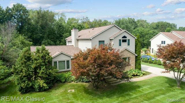 4487 Treeline Court, Commerce Twp, MI 48382 (#2210086247) :: Real Estate For A CAUSE