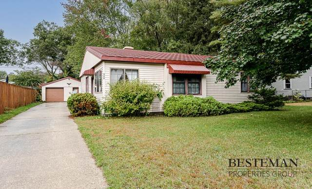 906 Mills Avenue, North Muskegon, MI 49445 (#71021110641) :: National Realty Centers, Inc