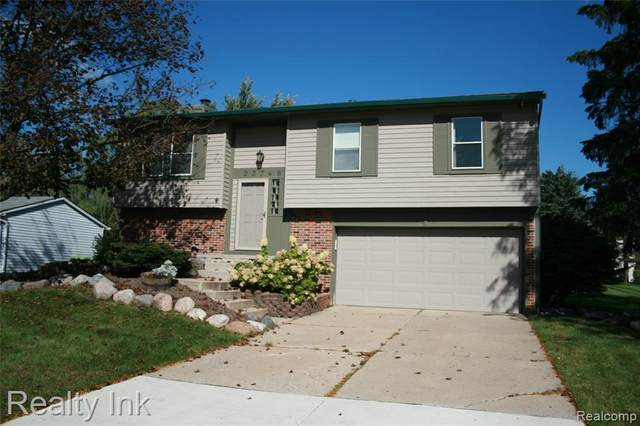 23746 Cranbrooke Drive, Novi, MI 48375 (#2210086600) :: GK Real Estate Team