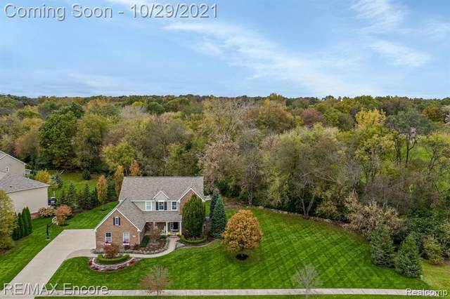 4324 Bluff Pointe, Independence Twp, MI 48348 (#2210086964) :: National Realty Centers, Inc