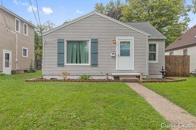 1039 Hoyt Street SE, Grand Rapids, MI 49507 (#65021111027) :: Robert E Smith Realty