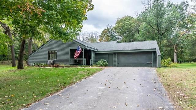 9558 Stinchfield Woods Road, Dexter Twp, MI 48169 (#543284471) :: Duneske Real Estate Advisors