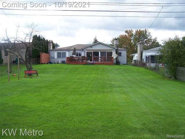 2615 Hempstead, Auburn Hills, MI 48326 (#2210087363) :: GK Real Estate Team