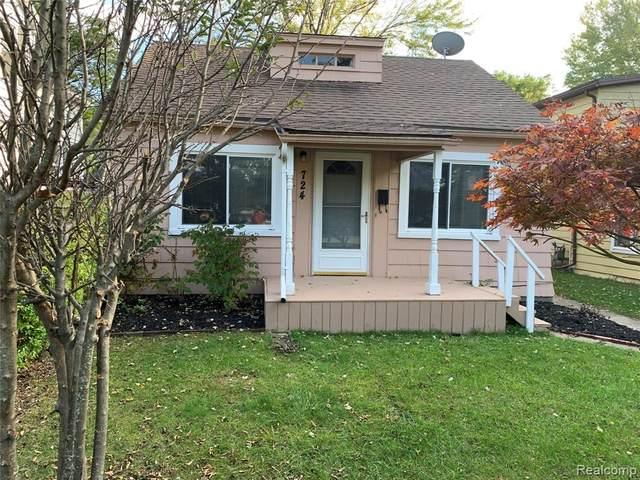 724 Sanborn Street, Port Huron, MI 48060 (#2210087576) :: Duneske Real Estate Advisors