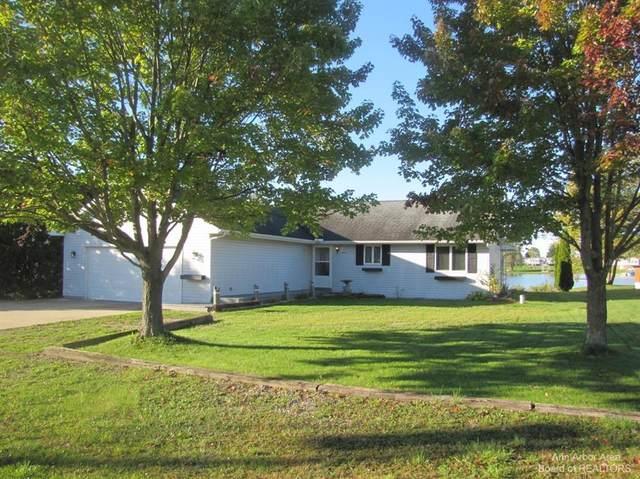 4334 Oak Glen, Amboy, MI 49232 (#543284581) :: Alan Brown Group