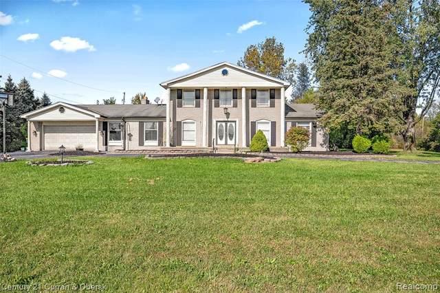 27090 Van Horn Road, Brownstown Twp, MI 48134 (#2210087951) :: National Realty Centers, Inc