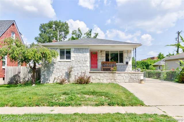 595 Ardmore Drive, Ferndale, MI 48220 (#2210088288) :: The Mulvihill Group